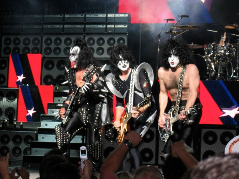 Kiss al estudio