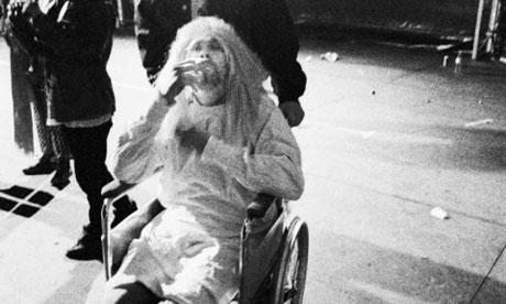 Kurt Cobain en sillas de ruedas en Reading Festival