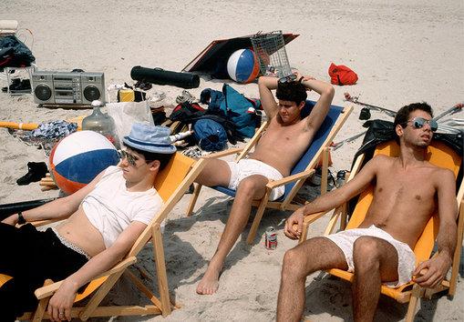 Los Beastie Boys se llevaron hasta la grabadora a la playa