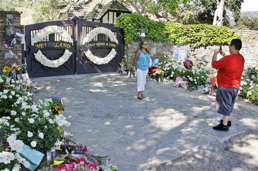 Michael Jackson podría ser enterrado en Neverland