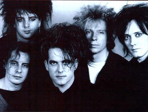 The Cure con sus características cabelleras