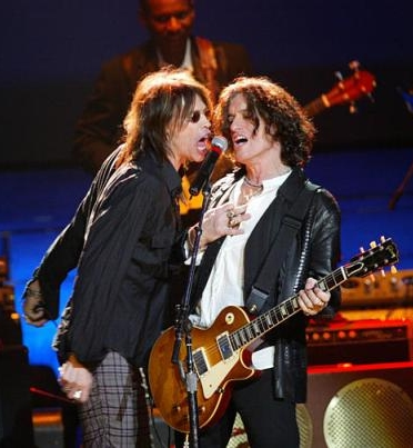 Aerosmith fuera de los escenarios