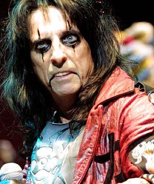 A Alice Cooper le cancelan concierto