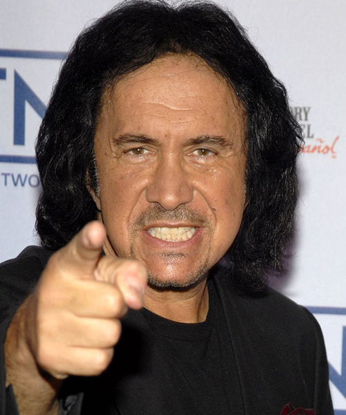Gene Simmons se sacude las críticas