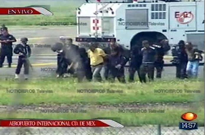 Secuestrador detenido en aeropuerto de México