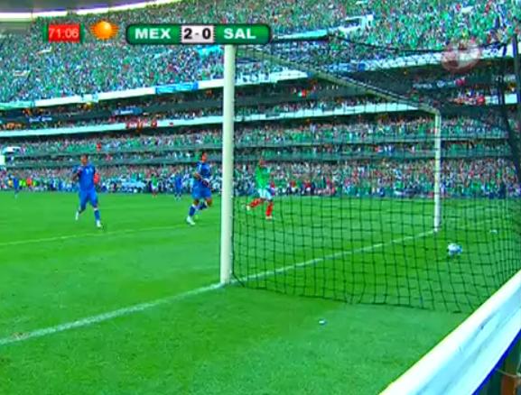 Cuauhtémoc Blanco mete el gol de la clasificación a Sudáfrica 2010