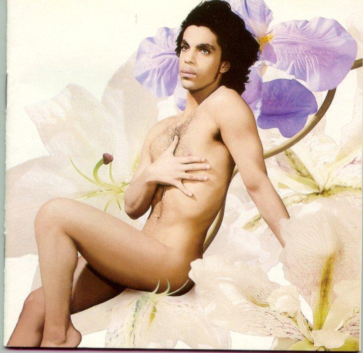 Prince mostrando su lado sensual