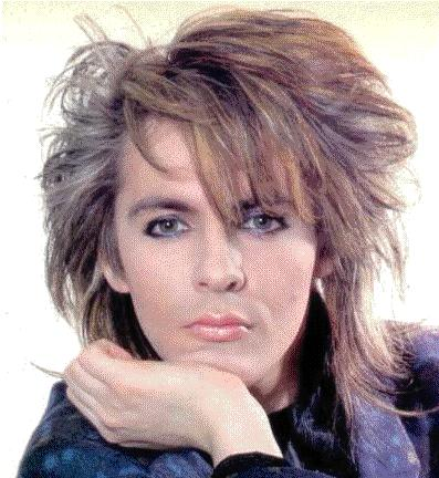 Nick Rhodes en una pose muy fashion