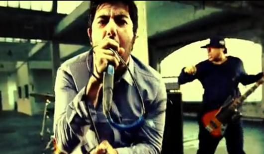 Deftones estrena un buen video con gran canción