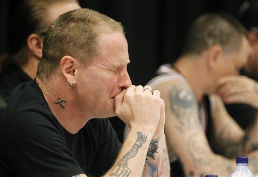 Corey Taylor llora por la muerte de Paul Gray