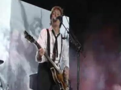 Paul con su clásico bajo