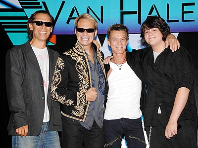 Van Halen intenta hacer otro album con David Lee Roth
