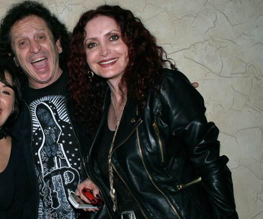 Alex y Chela Lora siempre en el rock and roll