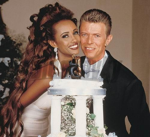 David Bowie en su boda con Iman