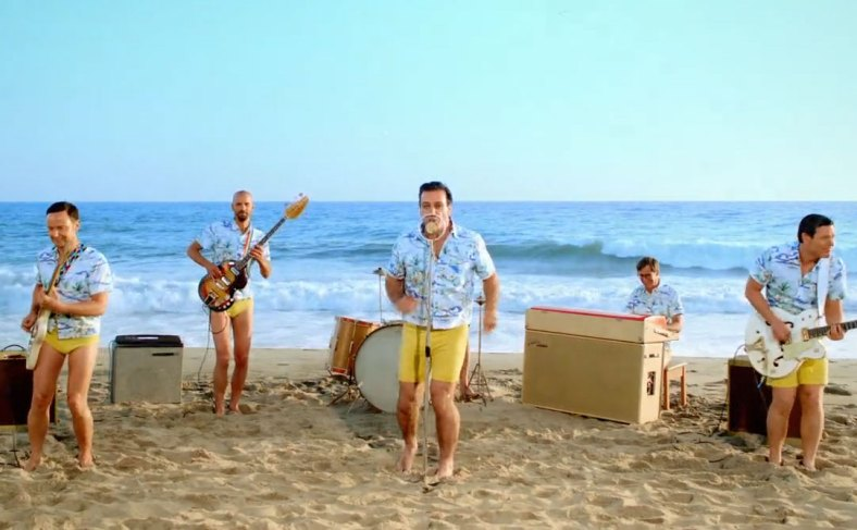 Rammstein se pone surf en su nuevo video