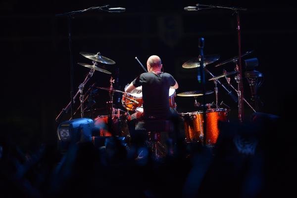 Lars Ulrich en su batería giratoria