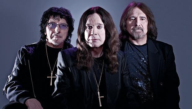 Tony Iommi, Ozzy Osbourne y Geezer Butler siguen más que vivos