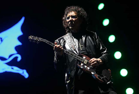 Tony Iommi se ve totalmente recuperado del cáncer