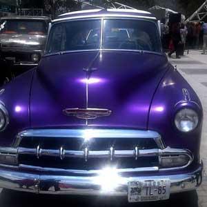 Un auto clásico estuvo a la venta