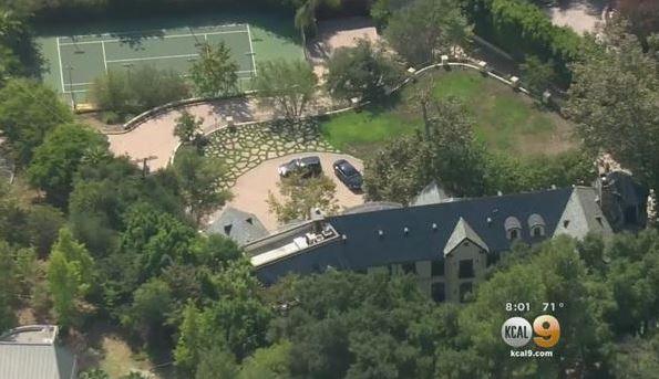 La mansión de Simmons en el momento del cateo
