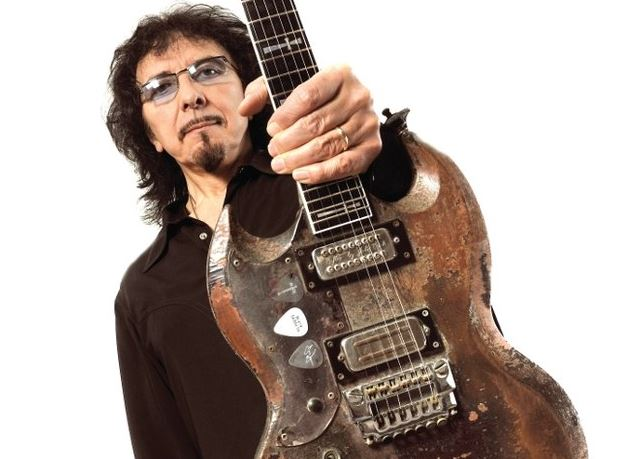 Tony Iommi sigue componiendo