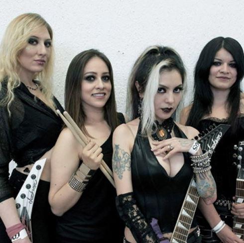 Mystica Girls es una banda en constante crecimiento