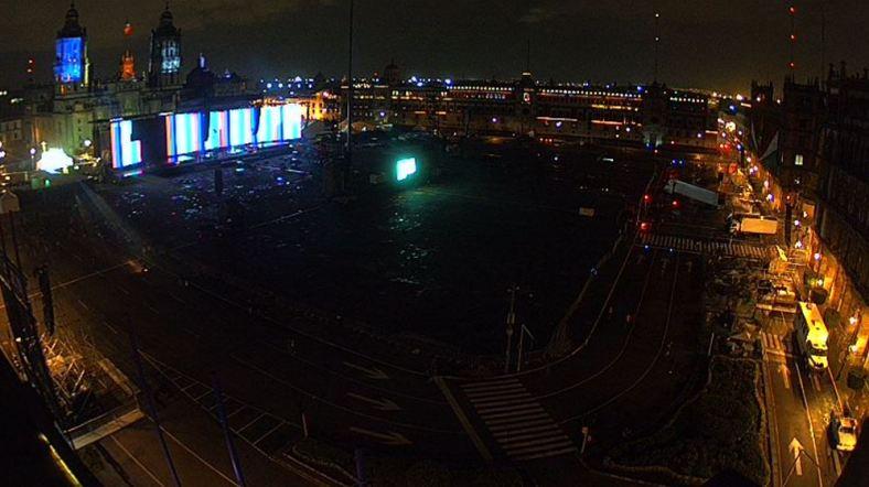 El Zócalo una noche antes del concierto de Roger Waters